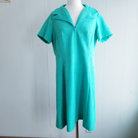 1748fd364c5 Vintage Dresses   1960s Unlabeled Green Double Knit Poly Shift Dres ...